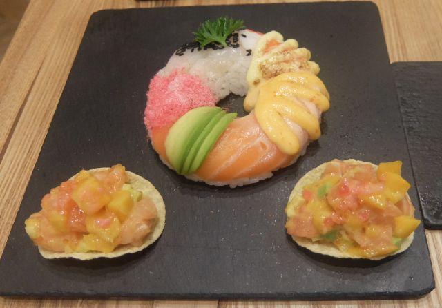 寿司ドーナッツ(32元)と、フレンチポテトタルト(26元3貫)