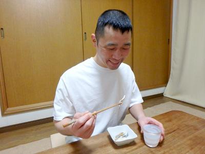 鮒寿司と日本酒。なんだこのパラダイス。笑いが止まらないな。