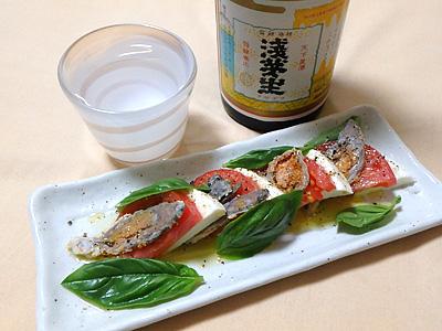 ワインもいいがやはり日本酒か。滋賀県の浅茅生特別純米滋賀渡船六号と。軽快な米の旨味がいいね。