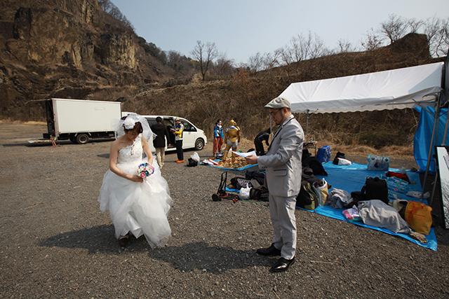 なんか普通に結婚写真で本当にごめん、と謝りたくなる。誰にかはわからないけど。