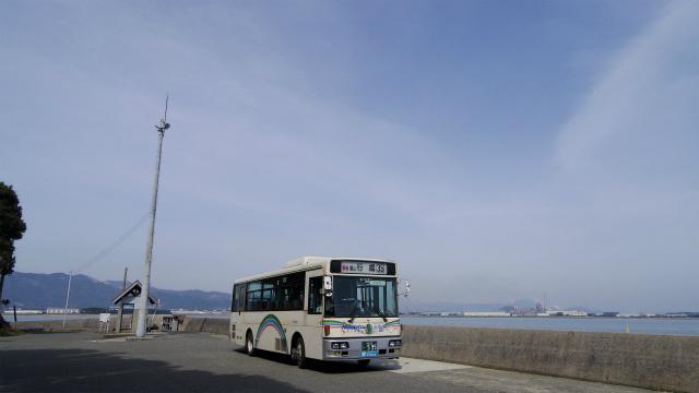 本来なら来ない場所までやってきたバス
