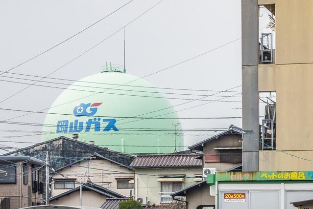 ガスタンクが顔を出したときは「お! 産業産業!」とうれしくなった。