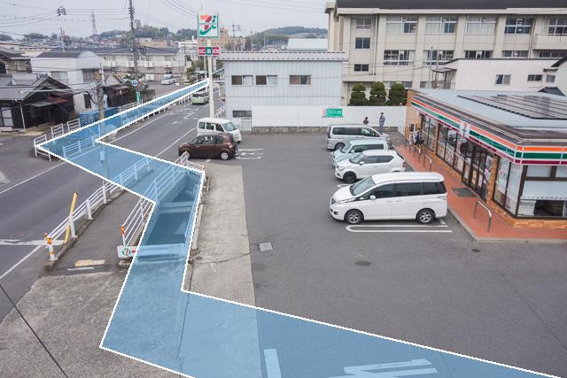 これは岡山。水色が水路。場所はここ。