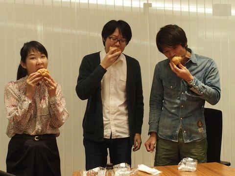 左から橋田さん・藤原さん・安藤さん