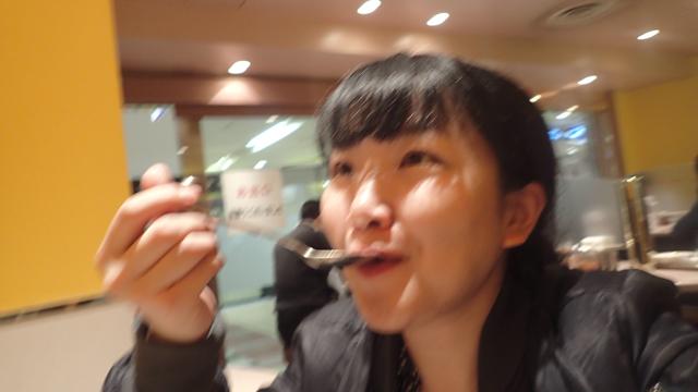 続いて、麻婆豆腐を。あれ、こちらは甘い!くだものの旨味が入っていそうな甘さだ(憶測)。四川風じゃない