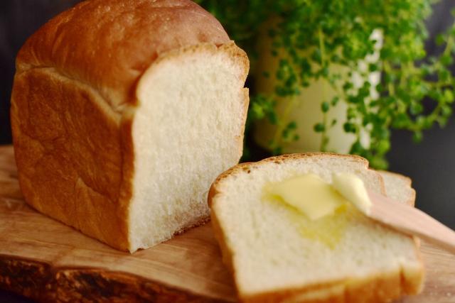 食パン、焼いてもそのままでも、どちらにせよ危険だった説。