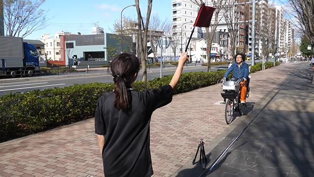 自転車に乗ったら歌でも歌いたい季節だ。ばれずに歌うことは可能なのだろうか