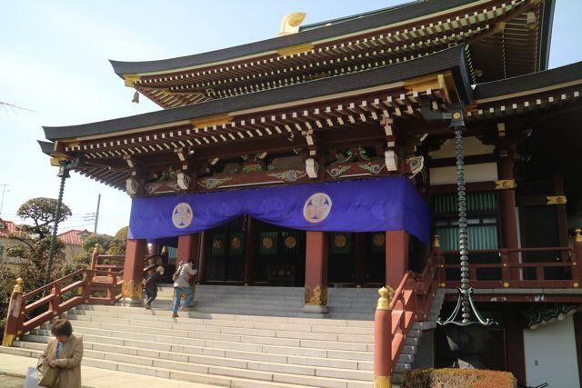 乗蓮寺の本堂。京都の一部を切り取ったかのような風景。