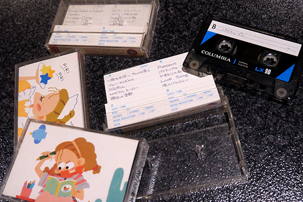 これがその問題のテープ(イラストは当時流行った「レモンヴィレッジ」というキャラ)。そのとき聴いたのは、松田聖子の「レモネードの夏」