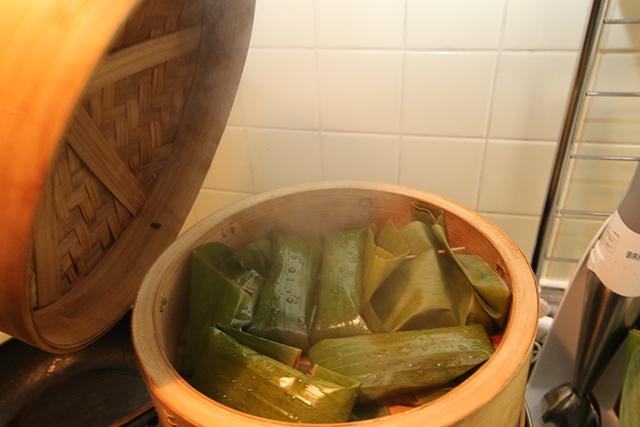 45分かけて蒸し上がり。蒸し器に放りこむだけなので簡単調理ではある。