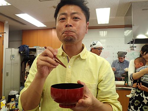 「そうそう、こんな感じだった!」と小松さんも納得の味。