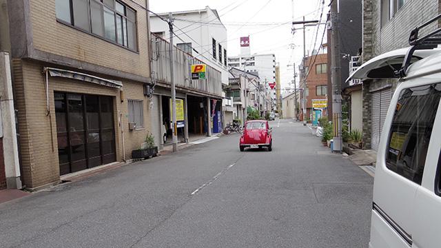 街中を走るイセッタもかわいい。