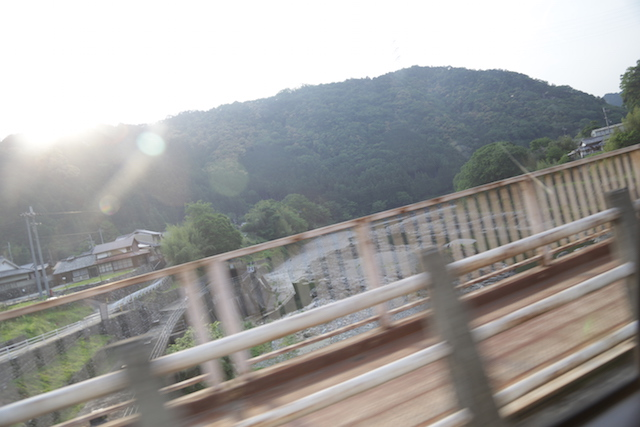 川上村へは、大阪市内から車で2時間ほど。