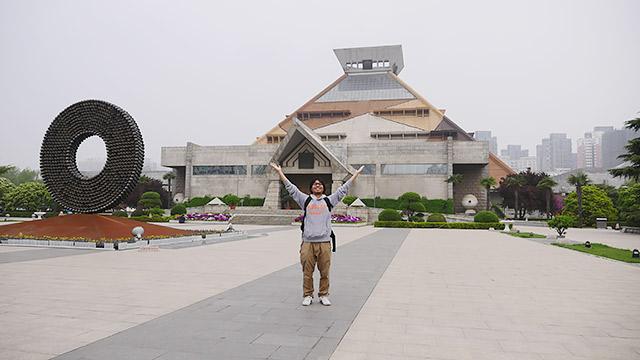 河南博物院には、