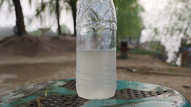 水はポカリスエットみたいな色、つまり肥沃!