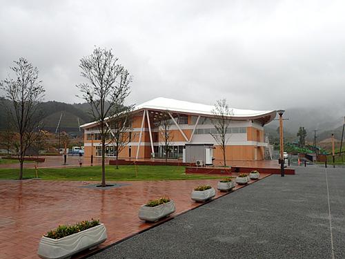女川駅にオープンした温泉施設、女川温泉ゆぽっぽ。