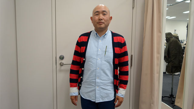 株式会社そごう・西武 佐藤大輔さん。着るバッグシリーズを作った人