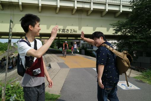 「じゃあ俺、東京へ行ってくるよ!」「頑張ってください!」