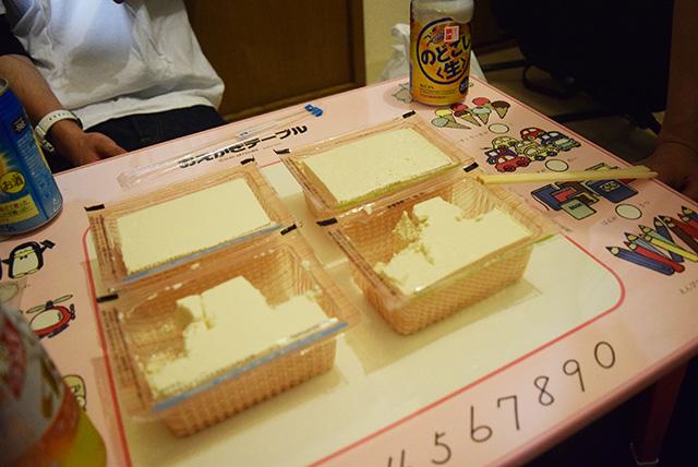 インベーダーゲームのように減っていく豆腐。