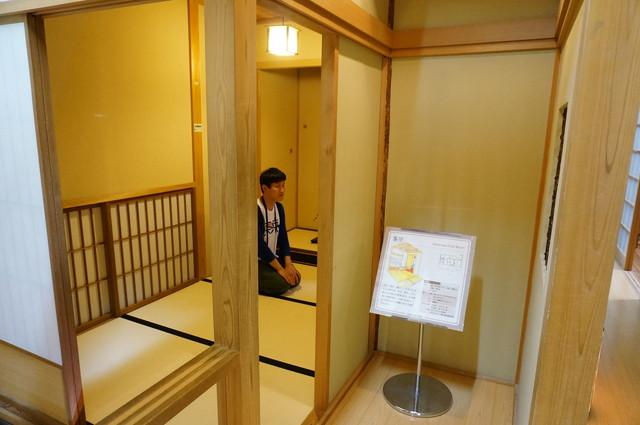 同じくリフォームコーナーには本格的なモデルルームがある。茶室!