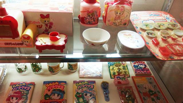掲載誌「なかよし」のふろくはもちろん、先生の生みだした様々なキャラクターの商品が販売されていた。現代でいうところのセーラーム-ンやプリキュアか