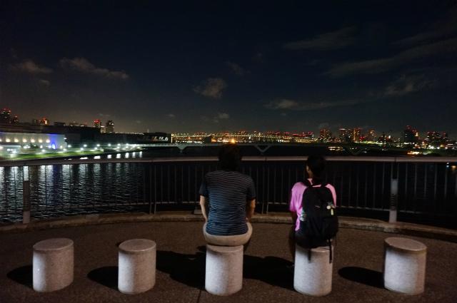 そのあと反対側の橋を渡って夜景を楽しんでから帰った