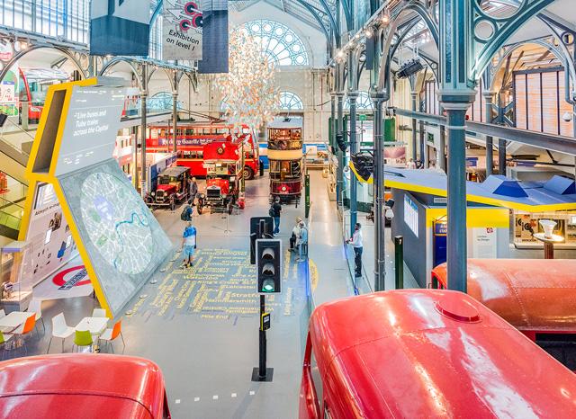 馬車に始まり、地下鉄の発明・開通からロンドンバスまで、すごく楽しい博物館なんだけど、