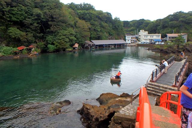 観光としてのたらい舟なら、矢島体験交流館が雰囲気もよくてオススメです。