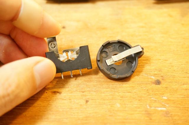 コイン型電池用の電池ボックス
