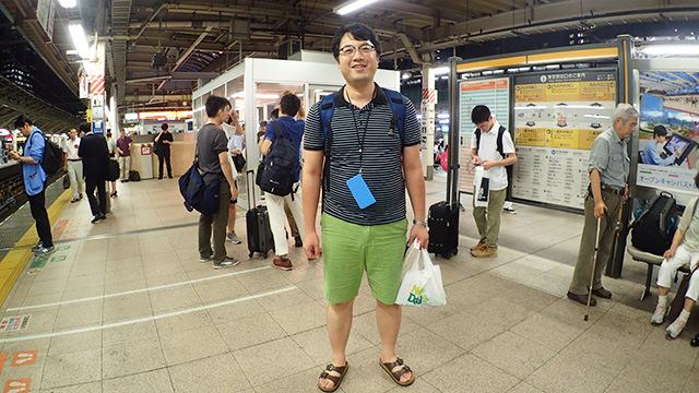 (いい意味で)フラフラおじさんことライター西村さん。