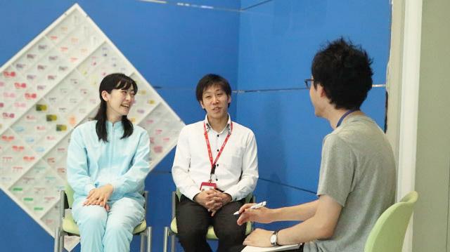 宇田川さんは重度のデイリーポータルZファン。話を聞きつけこの日のために山梨の富士吉田工場から飛んできてくれた