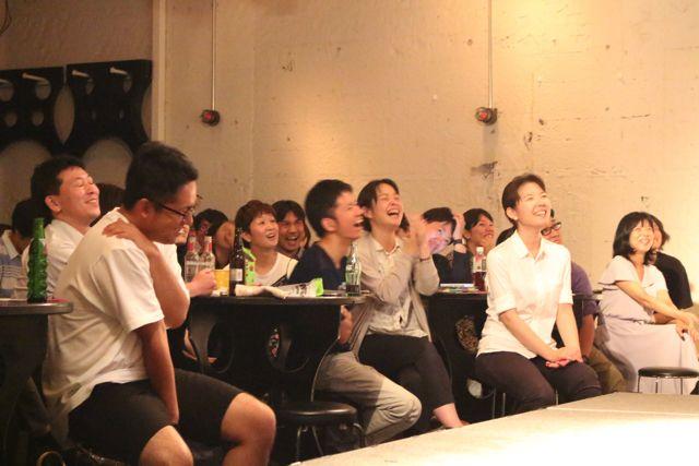 どのステージでも手を叩いて笑う人がいるほど会場は盛り上がっていた。