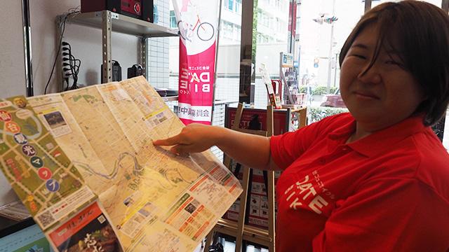 仙台市内のあちこちで乗り捨てできる電動機付自転車「ダテバイク」(一回103円~)のサービスステーション。ついでにおススメを聞いちゃおう。