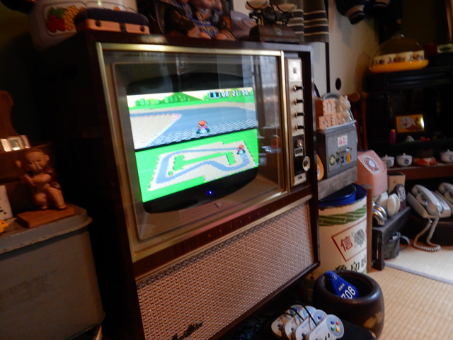 ゲームもテレビも部屋にあった。自由に遊んでいいらしい。