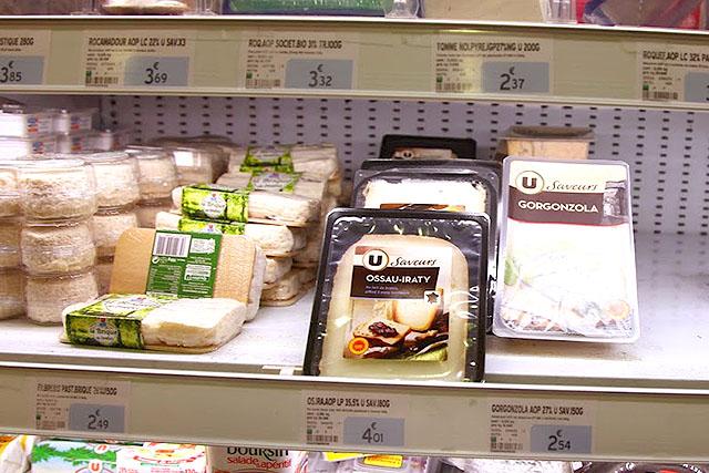 ヨーロッパでは、チーズが安くてうまい。