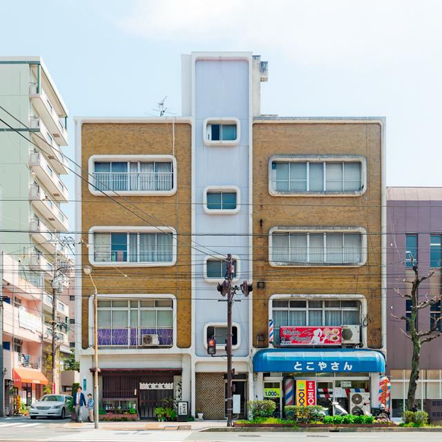 トップ画像に据えたのが長崎に建つこちら。かわいすぎる。なんですかこの窓のアールは! かわいい!