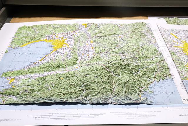 こちらは大阪周辺の地図。南部の大台ヶ原から高野山にかけての起伏がすごい。