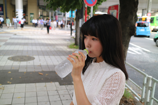 暑いので水分補給は大事