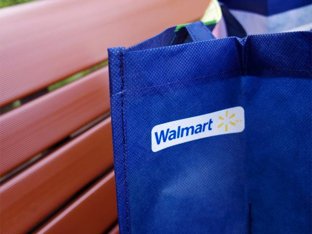 西友の親会社である「Walmart」のロゴ