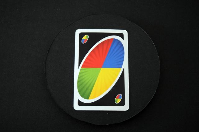 4色が交わる地点を中心にした