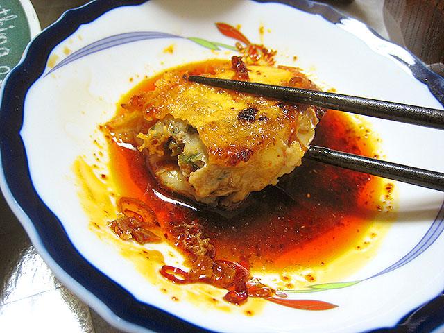 餃子も皮から作ってみたよ。食べかけの汚い画像で申し訳ない。