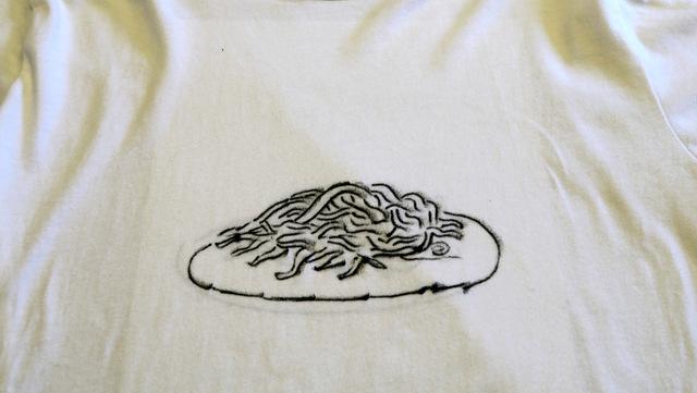 これがそのTシャツです