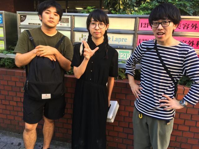再度評価しにきたフープスのみなさん。「今日は渋谷HMVでインストアライブでした」だそうです。(言ってみたい)