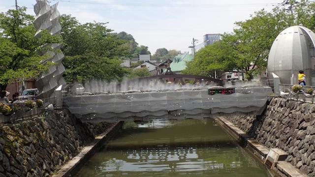 富山県氷見市比美町-本町