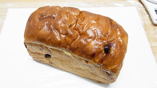 近所のパン屋さん(四ツ木にあるコトブキ洋菓子店ライオンズ店)で購入 270円