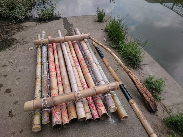 2艇目のイカダは竹
