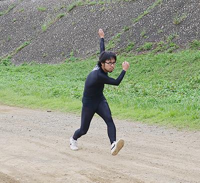 スピードスケートの写真は難しい! 全然見えない!