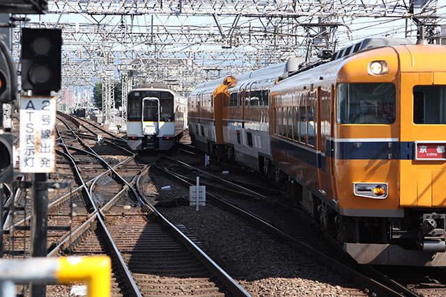 ひっきりなしに行き交う列車がぶつからないか見ていてハラハラする