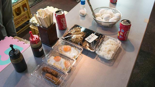 テーブルにあるものが今日の料理