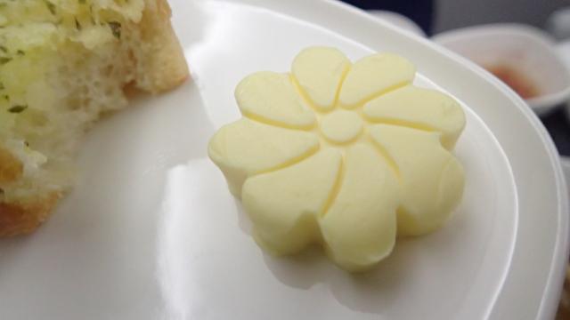 バターが花模様